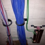 Data wire in D-rings and grounding busbar